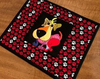 Mug Rug, Loralie Burch dog fabric, snack mat, mug mat, Quiltsty handmade, Item #223