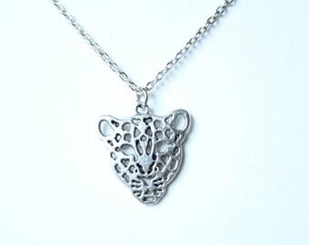 Choker silver leopard head