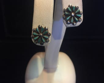 Vintage Zuni Sterling silver and turquoise Petit point flower starburst  stud earrings