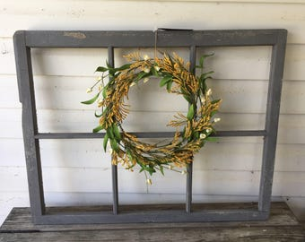 Windows with wreathes, oh my!