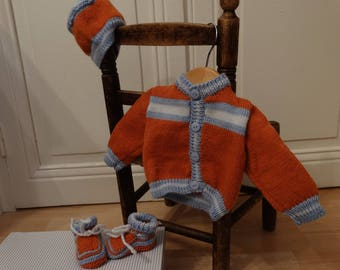 set baby Cardigan hand knitted baby booties and bonnet