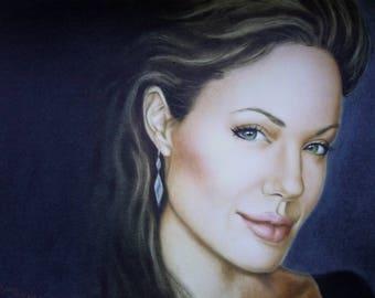 Angelina Jolie, portrait
