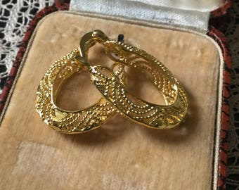 GOLD PLATED FILIGREE Earrings - Beautiful Vintage Jewelry - great effect-from France
