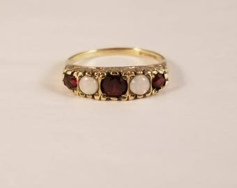 Vintage opal and garnet yellow gold ring