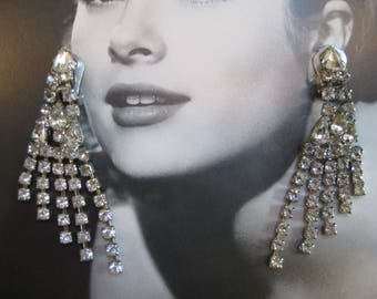 Vintage Dangling Crystal Rhinestone Clip-on Earrings, Silver tone Metal, Hollywood Glamour, Bridal Jewelry, 1950s