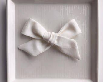 Cream Hand Tied Bow - Baby Girl Nylon Headband and Bows - Girls Fabric Bow - Newborn Bow - Simple Bow - Cream Headband - Cream Fabric Bow