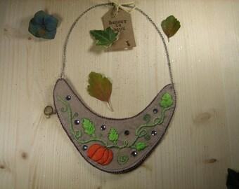 """Little pumpkin"" embroidered bib necklace"