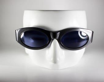 LA PERLA Vintage Sunglasses Unisex Gray Plastic Oval 2000 LA S203E-1