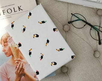 Toucan Fabric/Toucan Pattern/Cotton 20s Woven/bird Animal Print/toucan fabrics/Bird Print/Scandinavian Fabric/toucan pattern/toucan cute
