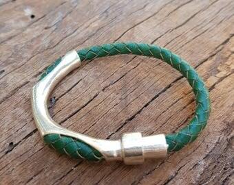 Leather bracelet; Men's bracelet; Unisex bracelet; Green bracelet; Braided leather; Mens bracelet; Men's jewellery; Magnetic bracelet