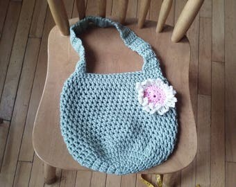 Crochet purse: frosty green w/baby pink and aran flower