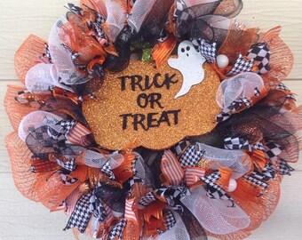 Trick or Treat wreath, Halloween wreath, Deco mesh wreath