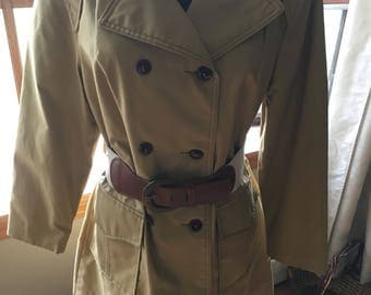 Cute Vintage 1970s 1970s Tan Trench Coat