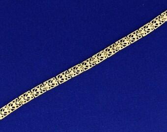 Heart and Diamond Design Link Gold Bracelet