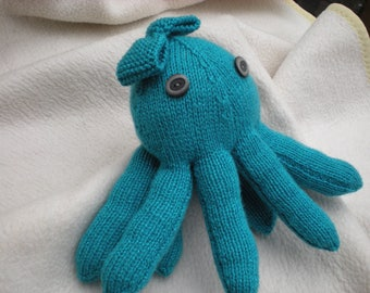 """Hand knitted adorable """"Olive"""" octopus decorated with bow on her head. Could be made into """"Ollie"""" octopus wearing a bow tie!!!!!"""