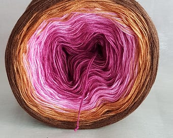 "Color gradient yarn ""Cup Cake"""