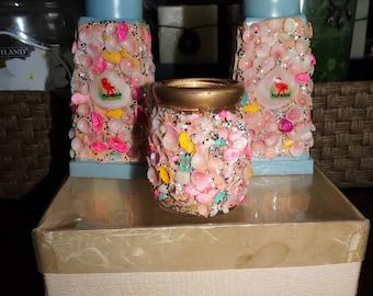 Vintage Celluloid Florida Shell Souvenir Salt, Pepper Shakers & Toothpick Holder