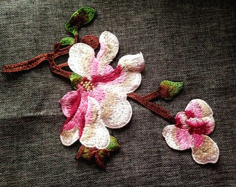 flower Embroidered  sew on Patches  Applique h13