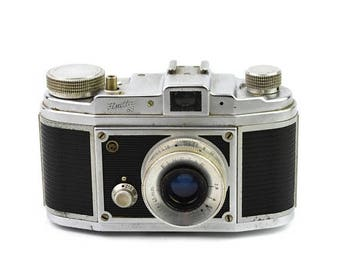 Limited time offer Saraber Finetta 88 Camera with Finetar 45mm f/2.8 Lens c.1953-56