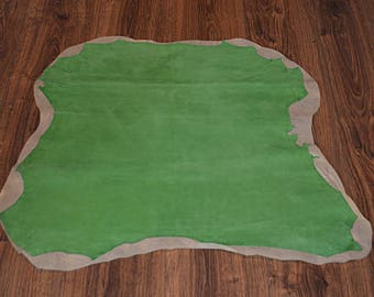 Light green lambskin leather velvet finish (9472060)