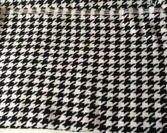 Fabric houndstooth wool thick and lightweight