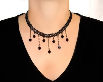 The fabric Choker necklace and black beads