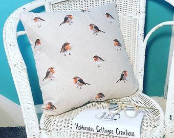 Robin throw pilliow, robin cushion cover, robin pillow, robin cushion, bird throw pillow, bird cushion cover, Christmas pillow, Christmas