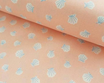 SEASHELL CRIB BEDDING. Coral baby blanket. Coral baby bedding. Shells Baby Blanket. Pink Nursery. Pink Nursery bedding. Baby Girl Bedding.