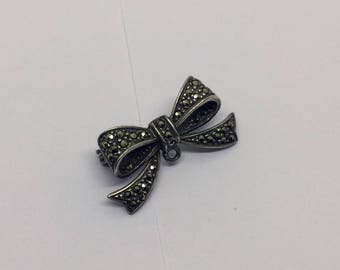 sterling silver marcasite bow  brooch #138