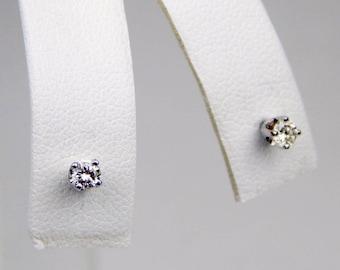 14k Gold .20 Ctw diamond stud  earrings #10050
