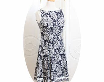 Sleeveless dress, flared skirt, blue baroque pattern Navy and white dress trapesze blue and white, Navy Blue baroque dress, short blue dress