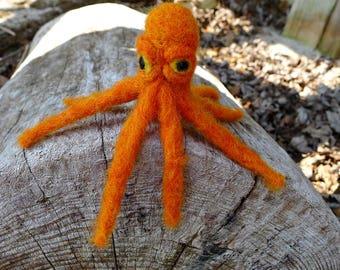 Needle Felted Octopus. Wool. Handmade. OOAK. Sea Creature Art. Soft Sculpture. Miniature. Unique gift. Tellit