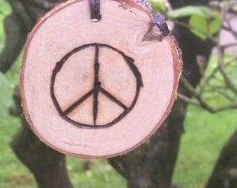 Wood necklace, peace symbol