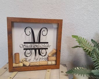 Wine cork holder, wine cork shadow box, personalized wine cork box, customized shadow box, wedding gift, gift, home decor, personalized gift