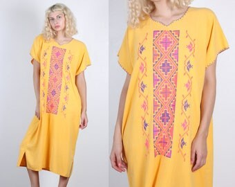 70s Mexican Dress // Vintage Bright Embroidered Boho Hippie Midi Dress - Large