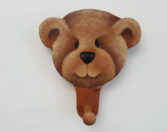Vintage Folk Art Bear Face Hook Key Hanger Holder Wall Mounted Hanging Rack Rustic Home Decor Nursery Child Bedroom Folksy Artsy Animal