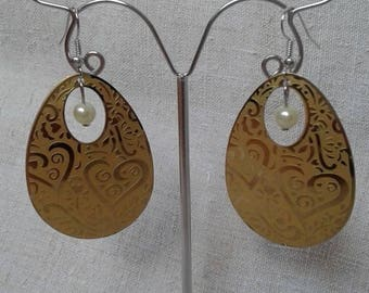 Yellow heart print earrings