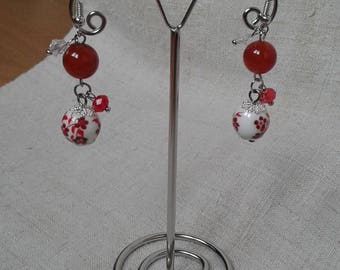"""Earrings """"pretty red floral bead"""""""