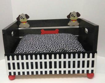 Decorative white picket fence small dog bed