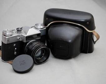 Revueflex E /Zenit E/ Camera with Helios 44-2 lens