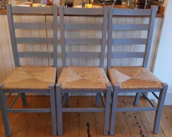 Shabby-Chic Wooden Ladder Back Rush Seat Chair.