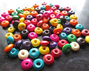 20 flat beads, wooden paletsronds painted 8 x 4 mm