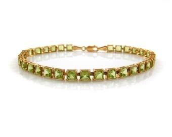 Peridot Tennis Bracelet in 14K Gold