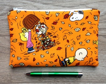THE PEANUTS Cosmetic Bag, Charlie Brown Snoopy fall zipper pouch make up bag travel bag toiletry bag zipper bag charly brown snoopy fall bag