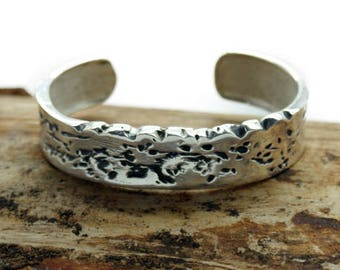 Silver Plated Vintage Style 15mm Cuff Bangle (TBB05P)