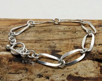 Sterling Silver Oval Link Bracelet (B346)