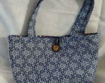 Purse/Tote bag. Summer through fall or year around. Great for so many uses.