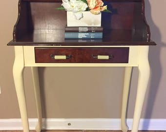Beautiful Secretary Desk With Hutch