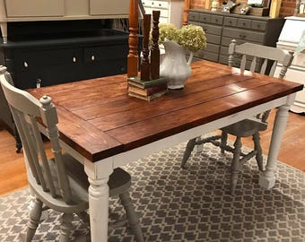 Turned Leg Style Farmhouse Table   (Local Pickup Only)