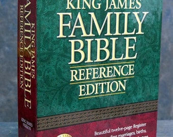 Holy Bible, King James Version: Family Reference Edition, No 158Bg Burgundy